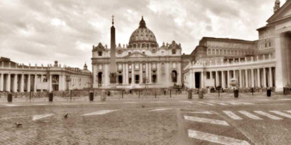 Wood Restoration Heritage Piazza San Pietro Vaticano Transenne
